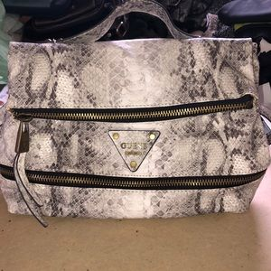 Snake print design guess leather backpack